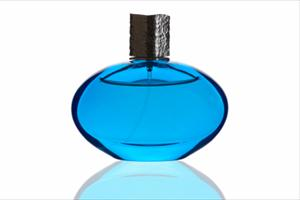 Aphrodisac Colone: Is Perfume with Pheromones Your Secret Dating Weapon?